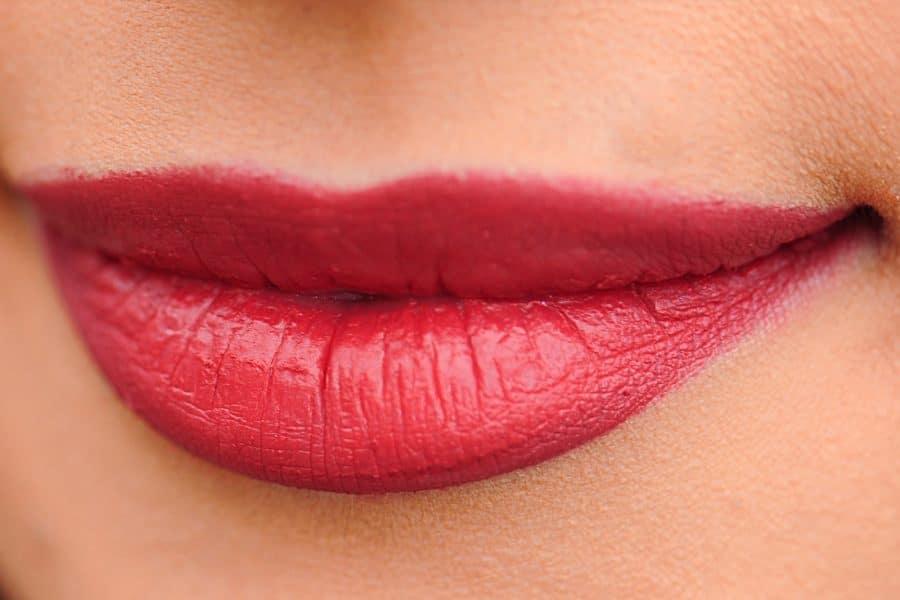 Bläschen an den Lippen: Fieberblase
